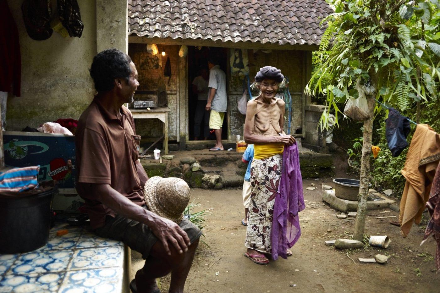 2013 in Bali – alte Frau