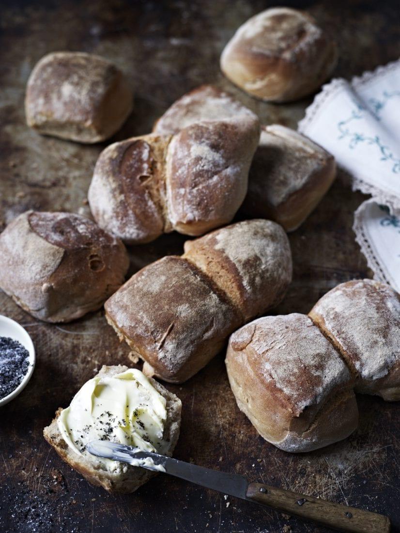 Brot geniessen Schweizer Buerli
