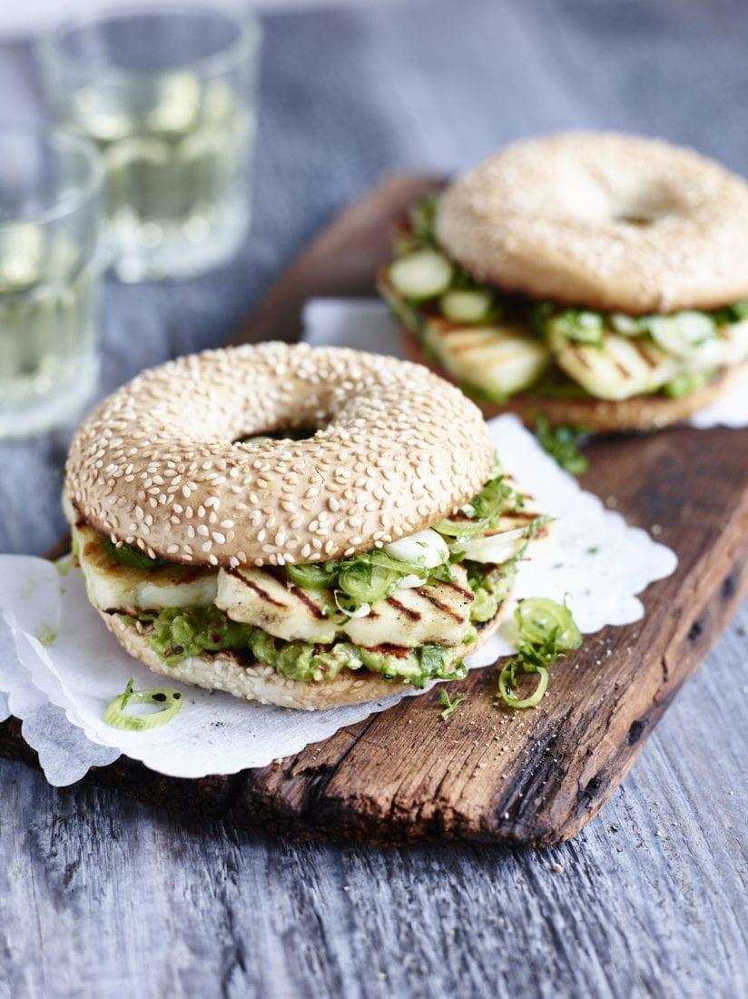 Slowly Veggie – Das neue Veggie Grillen – Avocado Sandwich